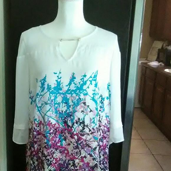 Dana Buchman Tops - Dana Buckman white and colorfull print silky top M